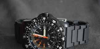 carbon fiber watch reviews